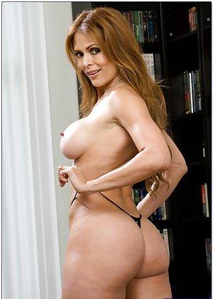 Big Pornstar Booty Pics